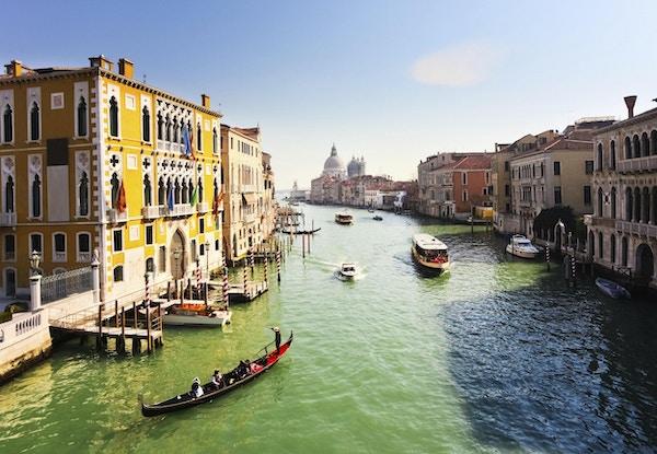 Idylliske kanaler i Venezia