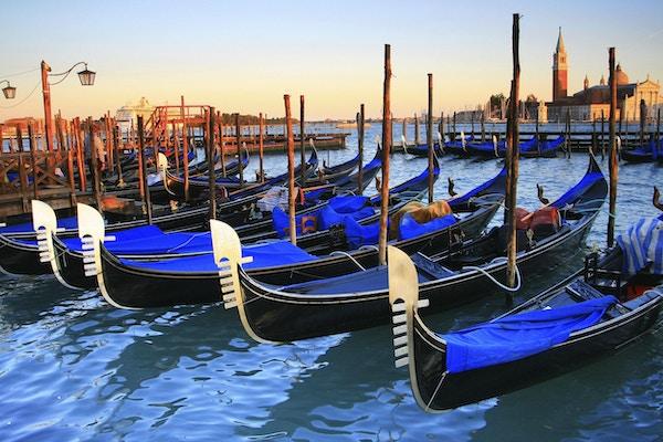 Kanalbåter