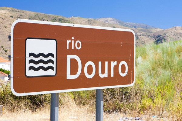tegn på Douro-elven, Douro-dalen, Portugal
