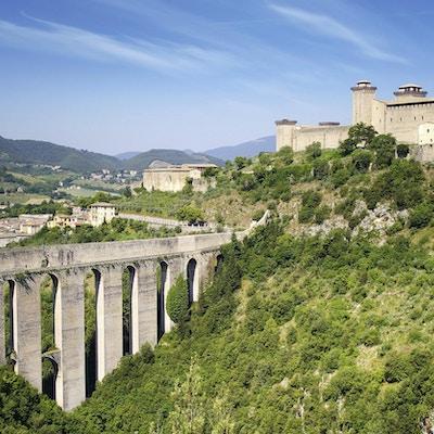 Akvedukt i Spoleto, Ponte delle Torri Umbria, Italia