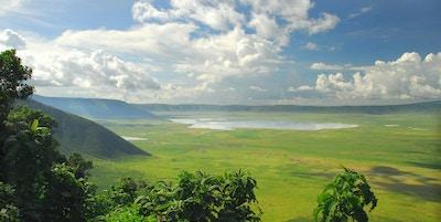 Oversiktsbildet av Ngorongoro-krateret i Tanzania.