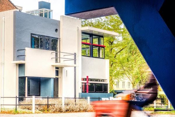 Hus i sentrum med spesiell arkitektur