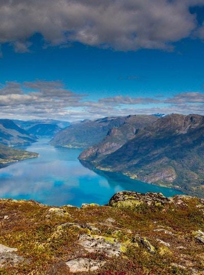 Fantastisk utsikt utover Lusterfjorden