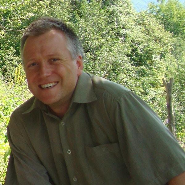 Svend Waage
